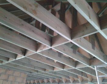 dak nieuwe prefab spanten zoldervloer rostering geintegreerd